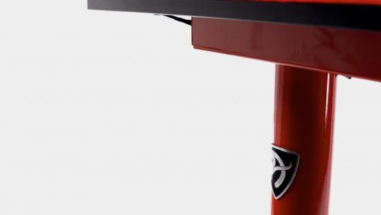 Biurko dla graczy Arena Leggero Czerwone